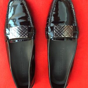 Authentic Burberry Black Patent Leather loafer 39